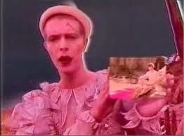 "Did Bowie foresee the iPad in his 1980 video clip for ""Ashes to Ashes""?"