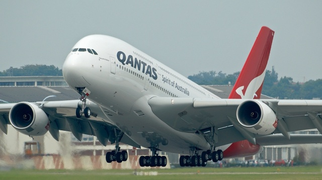 a380_qantas_spirit_of_australia_takeoff