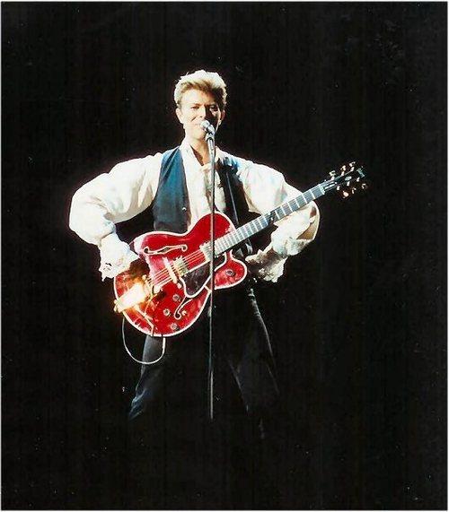 1990db