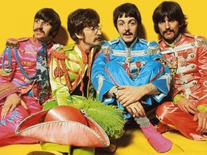 beatles-with-sgt-pepper-suits-300x225