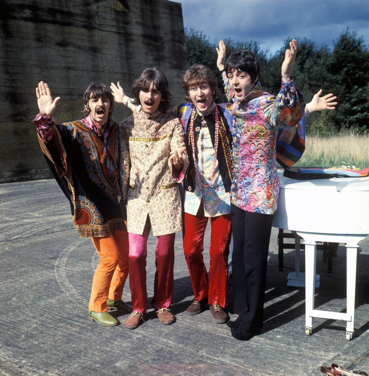 The_Beatles_magical_mystery_tour.jpg