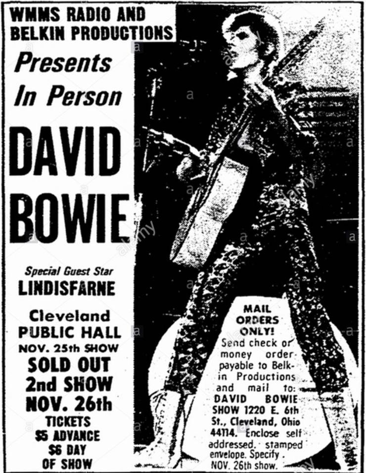 wmms-presents-david-bowie-1972-print-ad-kkdnb4.jpg